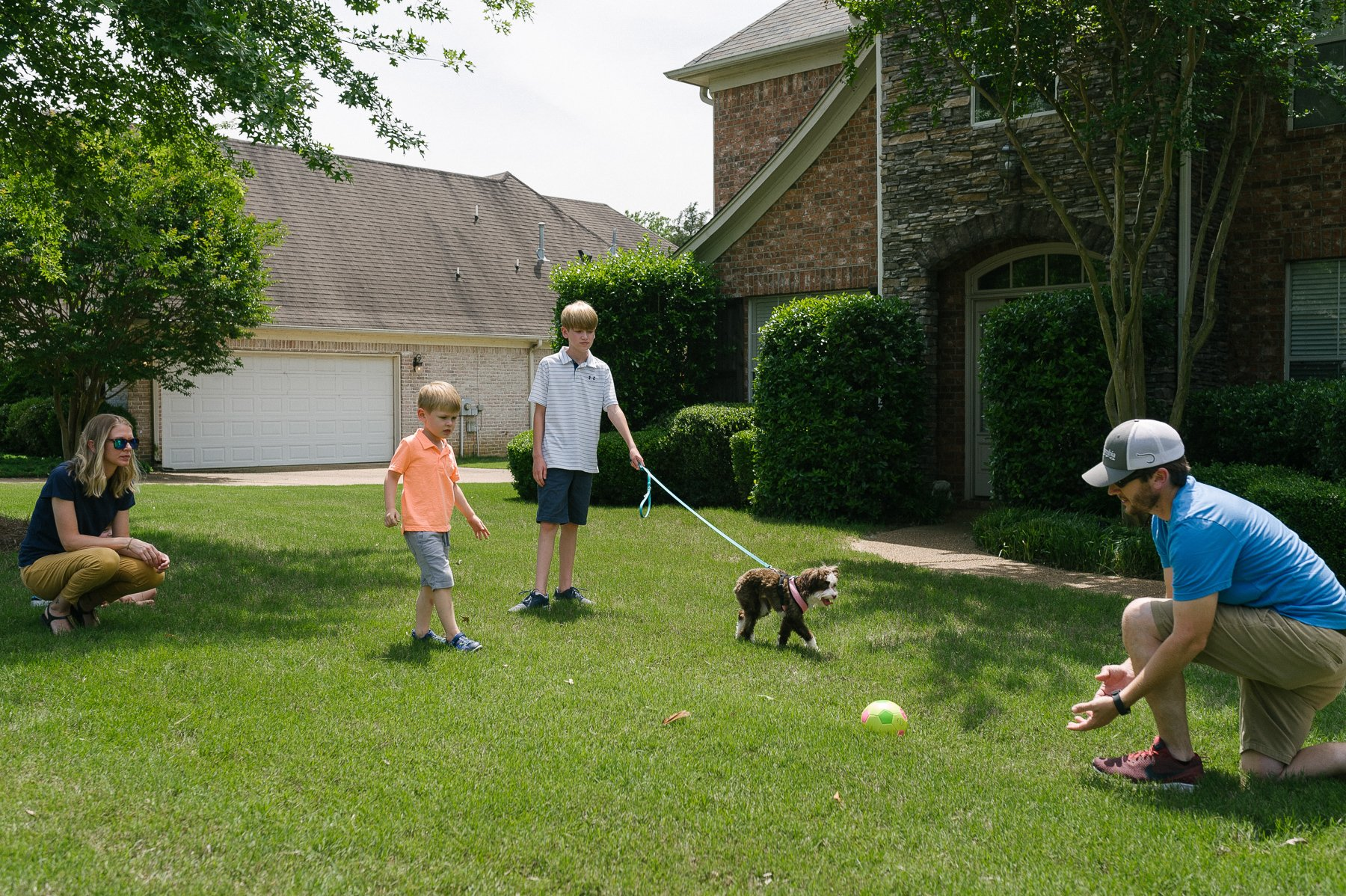 children-family-games-dog-customer-9