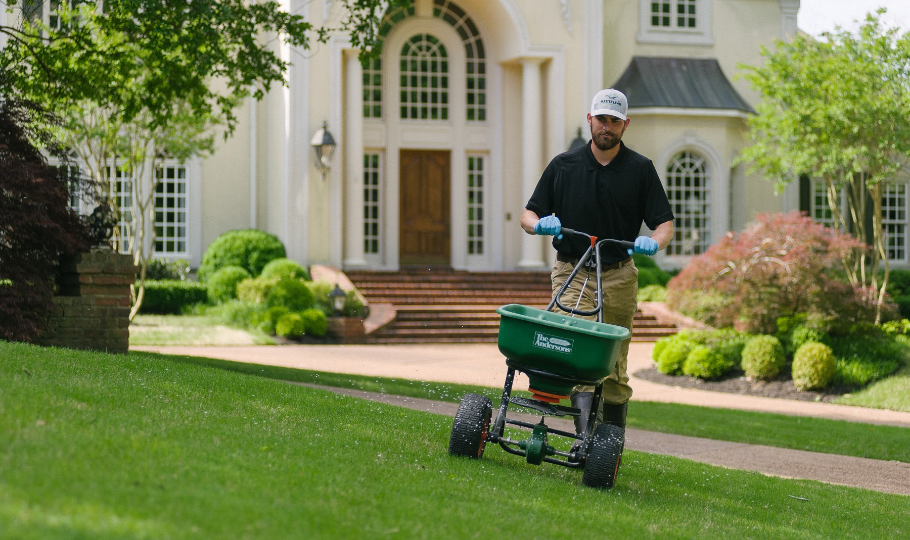 lawn fertilizer service in Memphis Tennessee and Northern Mississippi